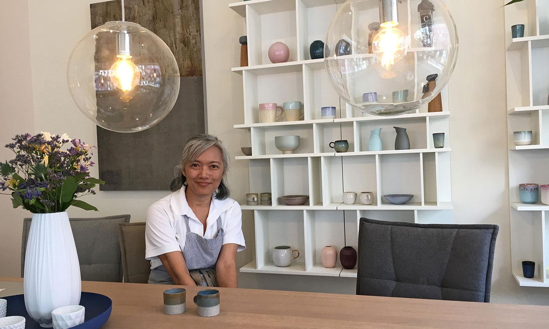 Charlene Chang, Inhaberin des Story Cafe München.