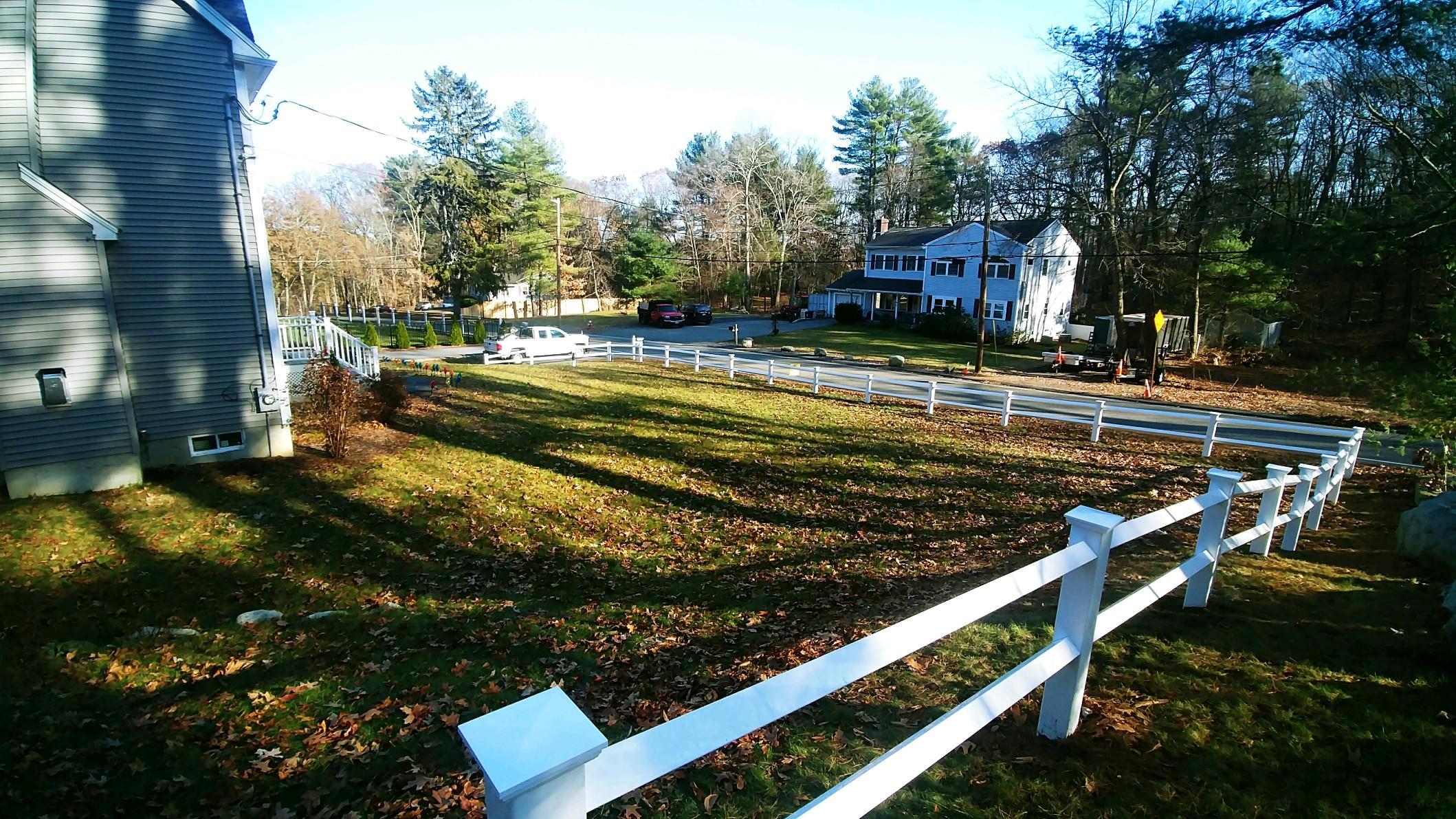 DiPesa Fence Split Rail