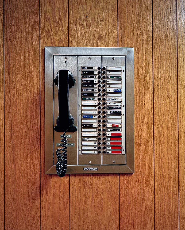 bros-phone-for-web.jpg