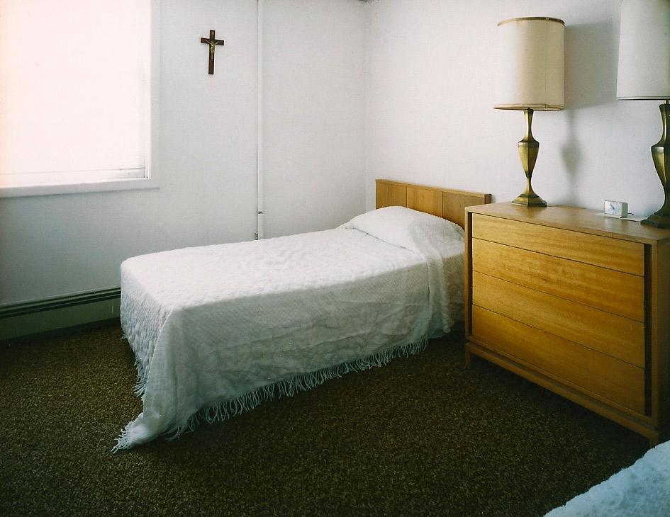bros-guestroom-for-web.jpg