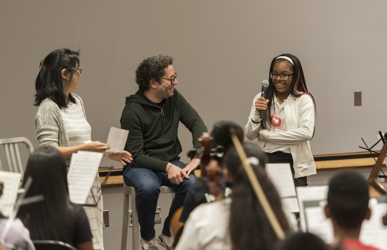 """Gustavo Dudamel leads a """"seminario"""" discussion with young people from the Trenton Music Makers, El Sistema NJ Alliance, Play on, Philly!, the Harmony Program, and the Ascenté Chamber Orchestra. April 2019."""