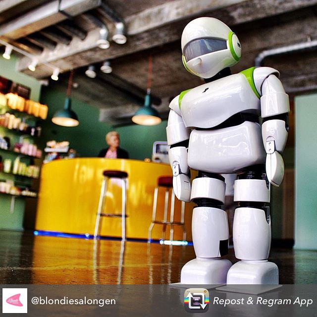 HEiA PINO💕 @blondiesalongen #robot #pino #dude