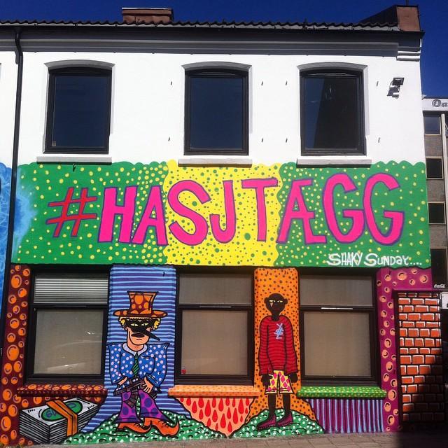 Denne var Fet/skjer mye i Kristianstrand nå💚 #shakysunday #grafittiwall #grafitti #kristiansandgraff #kristiansand  (at Kvadraturen)