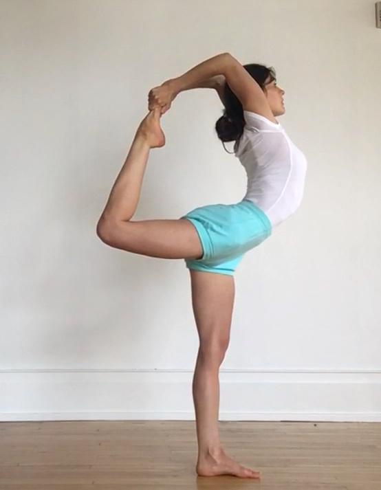 - Intermediate Jr. II Certified Iyengar Yoga Teacher, Jennifer Beaumont, has two decades of practice and study in the Iyengar lineage of yoga.