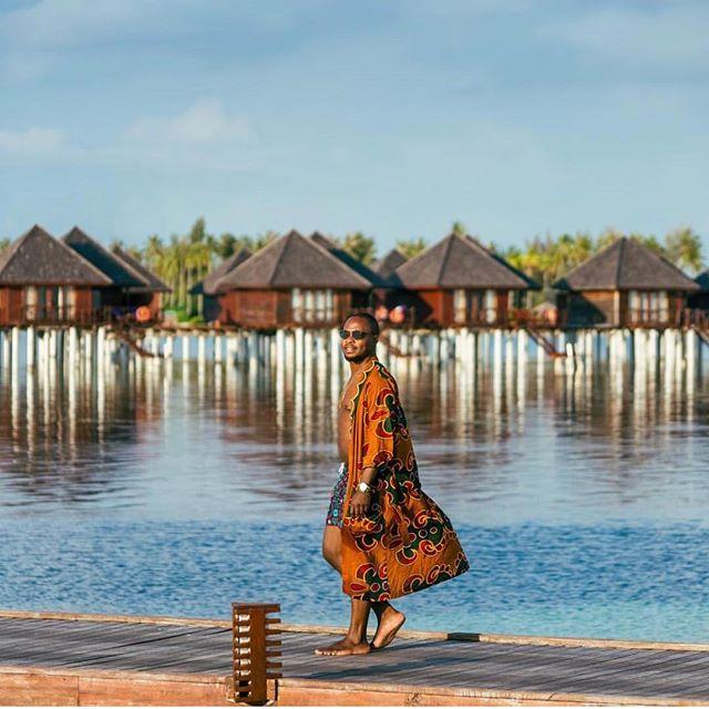 @edmswati + TRL + Maldives = 🤯 • • • • • #stylish #outfitoftheday #shoes #lookbook #instastyle #menswear #fashiongram #fashionable #fashionblog #look #streetwear #fashiondiaries #lookoftheday #fashionstyle #streetfashion #jewelry #clothes #fashionpost #styleblogger #menstyle #trend #accessories #fashionaddict #wiw #wiwt #designer #trendy #blog #hairstyle #whatiwore