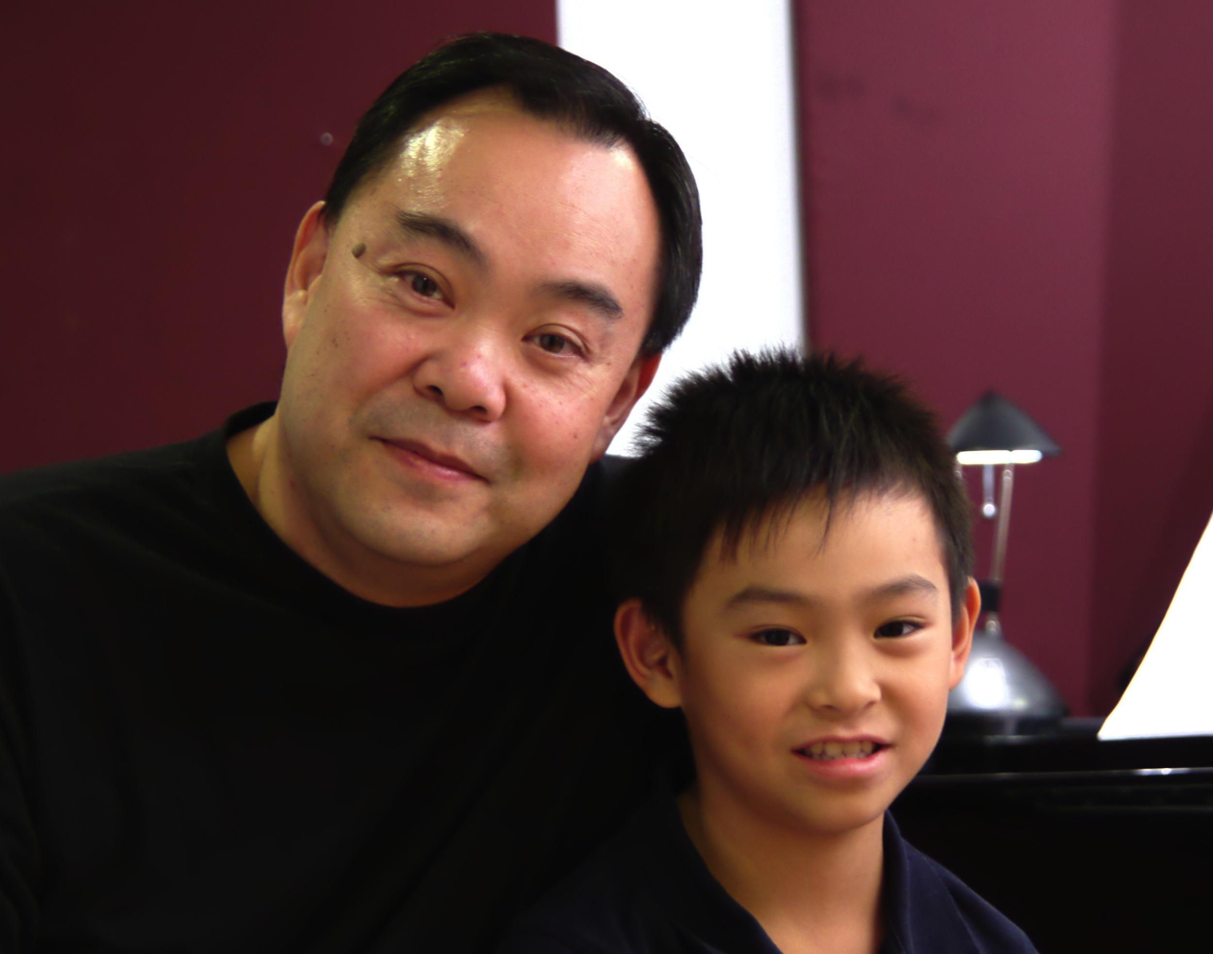 Les parents et leurs enfants parle de leurs expériences au Chapman Piano Studio, NDG, Montreal. No. 1. Photo credit. Yuuki Omori 2014.