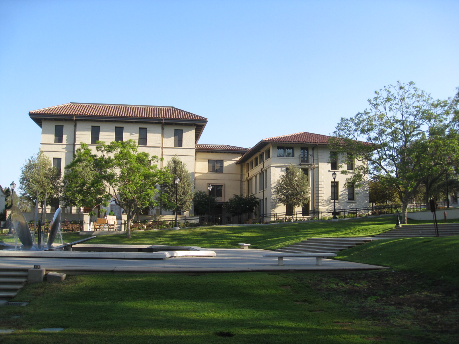 Swan Hall, Occidental College