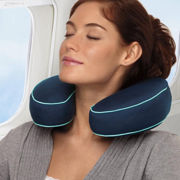 travel pillow.jpg