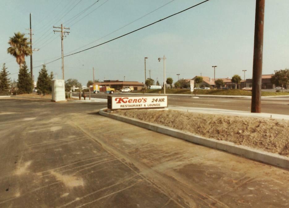 Kenos was open 24 hours back in 1980s.
