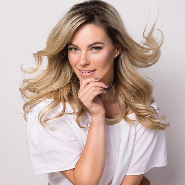 Nicole Romanoff, Photographer