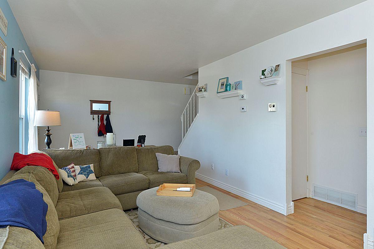 livingroom3_1200.jpg