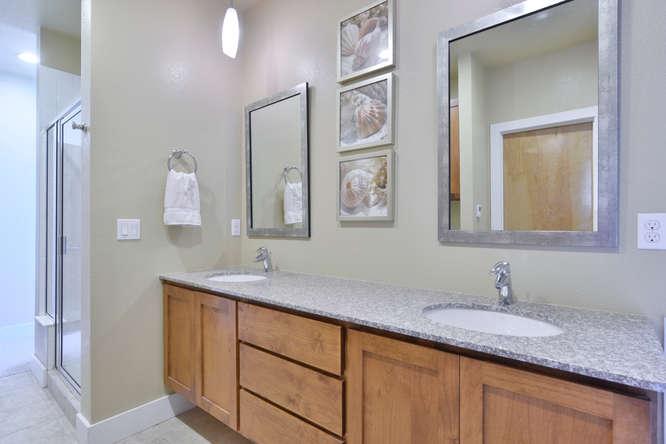 3288 Syracuse Street Denver CO-small-015-1-Master Bathroom-666x445-72dpi.jpg