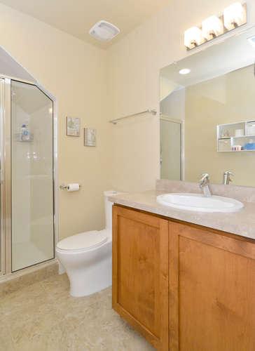 3288 Syracuse Street Denver CO-small-020-5-Bathroom-365x500-72dpi.jpg