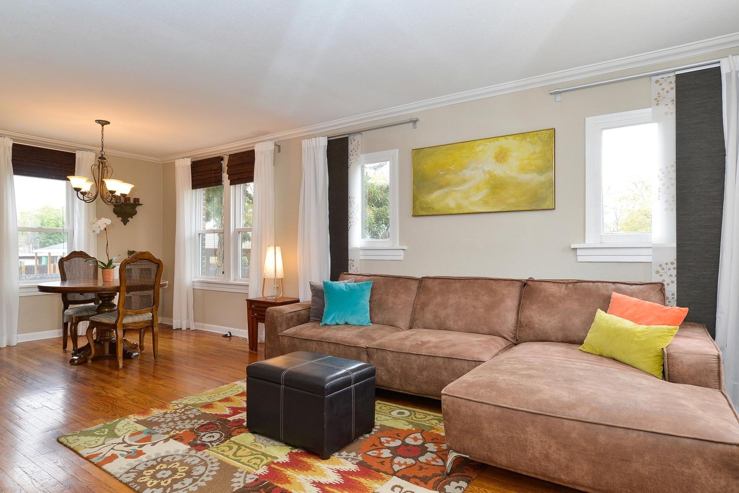 3115 E 37th Ave Denver CO-large-004-10-Living Room-1499x1000-72dpi.jpg