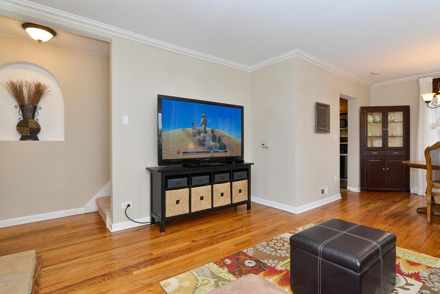 3115 E 37th Ave Denver CO-large-005-16-Living Room-1499x1000-72dpi.jpg