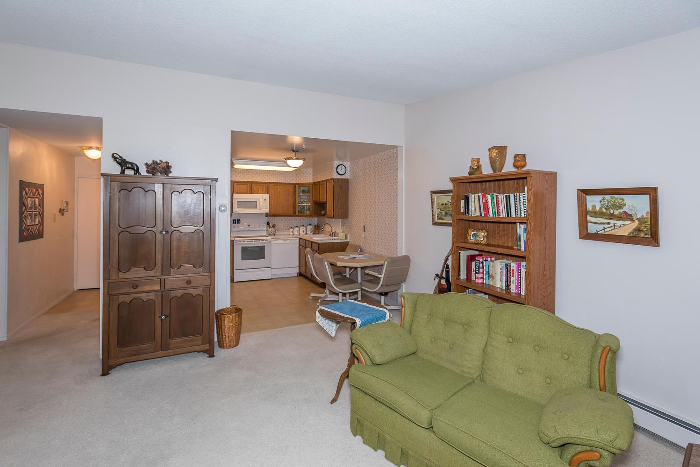 580 S Clinton St D Denver CO-large-008-13-Living Room-1498x1000-72dpi.jpg