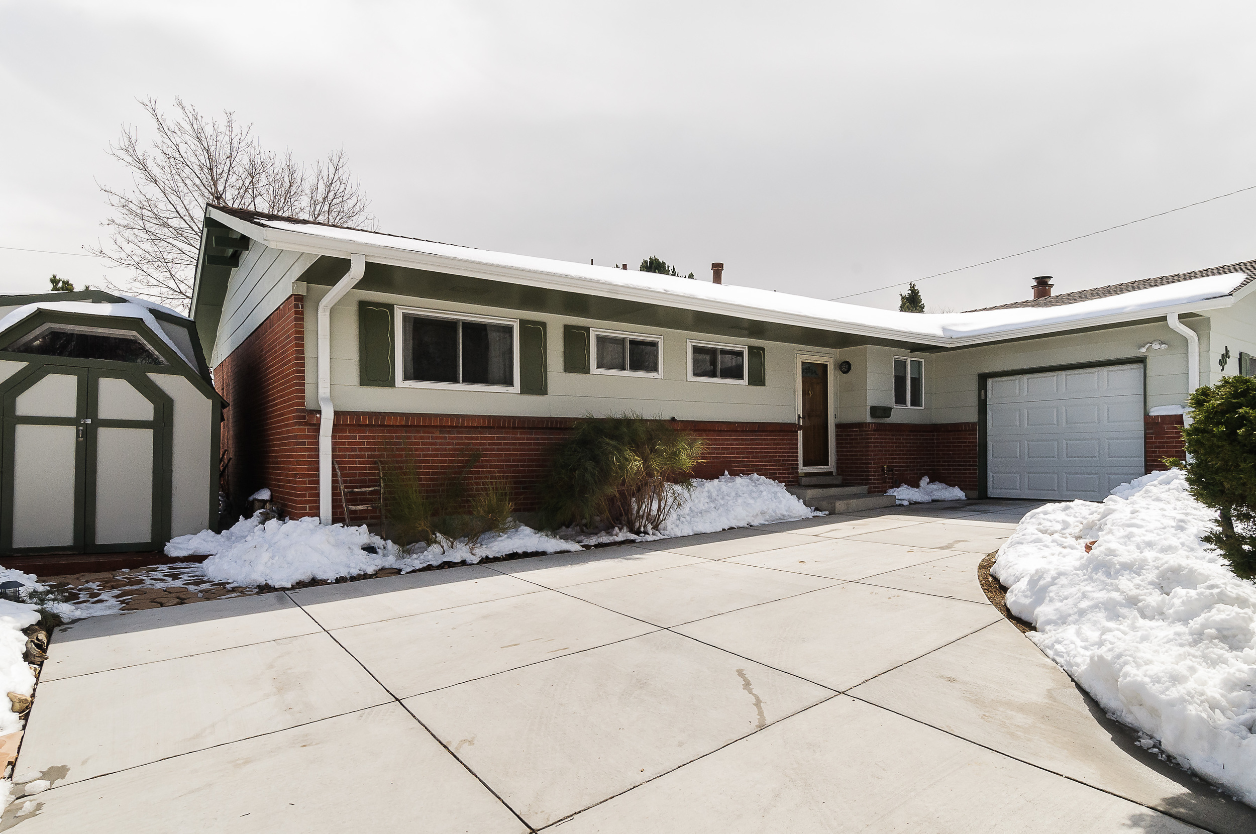 364 Xanadu St Aurora CO 80012-print-002-20-Front of Home-3600x2391-300dpi.jpg