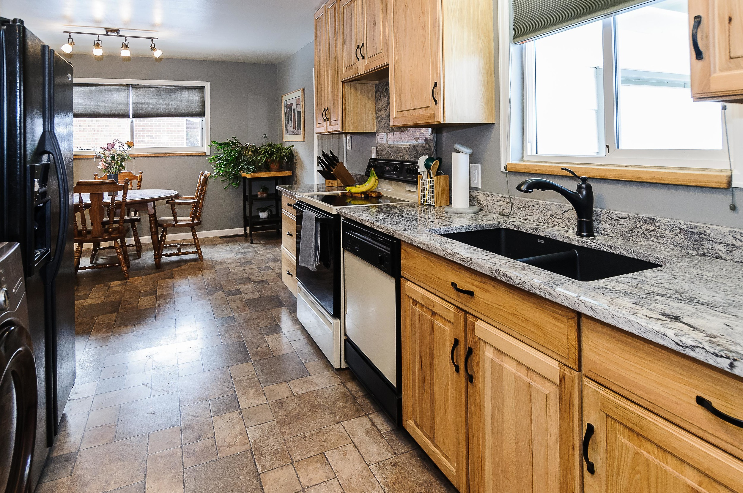 364 Xanadu St Aurora CO 80012-print-015-7-Kitchen-3600x2391-300dpi.jpg