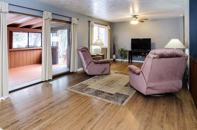 364 Xanadu St Aurora CO 80012-large-006-3-Family Room-1500x997-72dpi.jpg