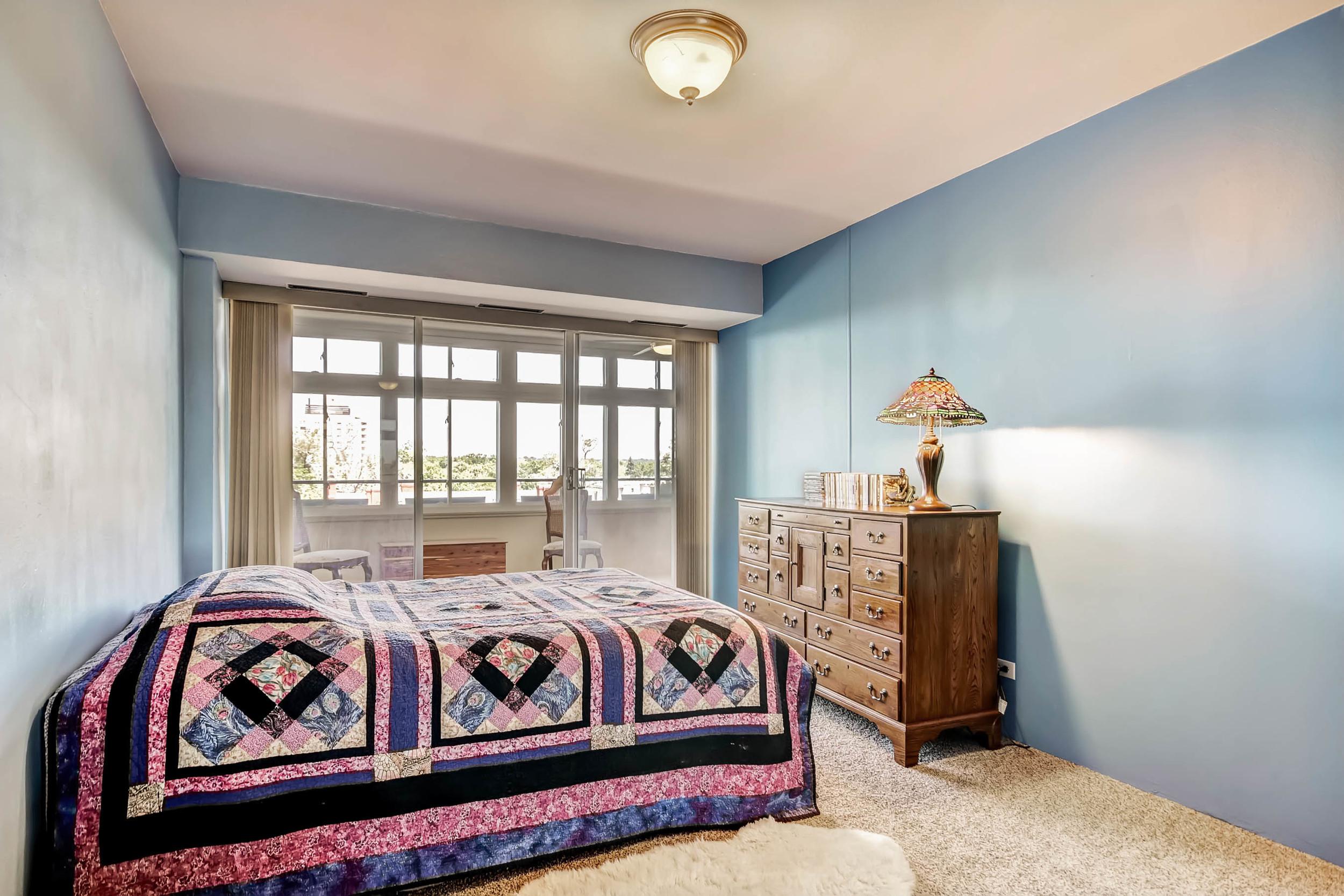 800 Washington St Unit 706-print-015-7-Master Bedroom-2700x1800-300dpi.jpg