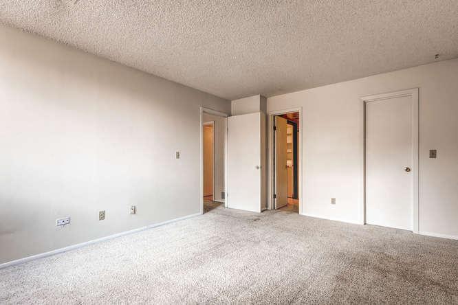 3083 S Ursula Cir Unit 102-small-011-16-Master Bedroom-666x444-72dpi.jpg