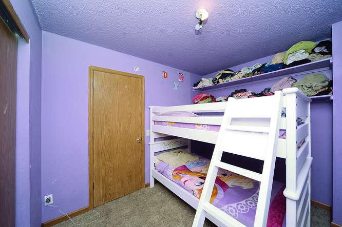 19023 E 16th Ave Aurora CO-small-014-11-Bedroom 2-666x443-72dpi.jpg