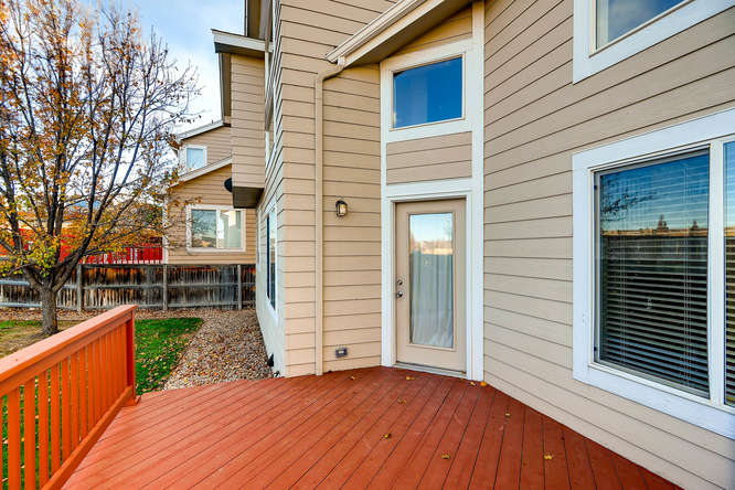 10094 Astorbrook Lane-small-025-21-Deck-666x445-72dpi.jpg