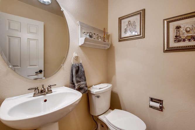 4201 Cottonwood Lakes Blvd-small-018-23-Powder Room-666x444-72dpi.jpg