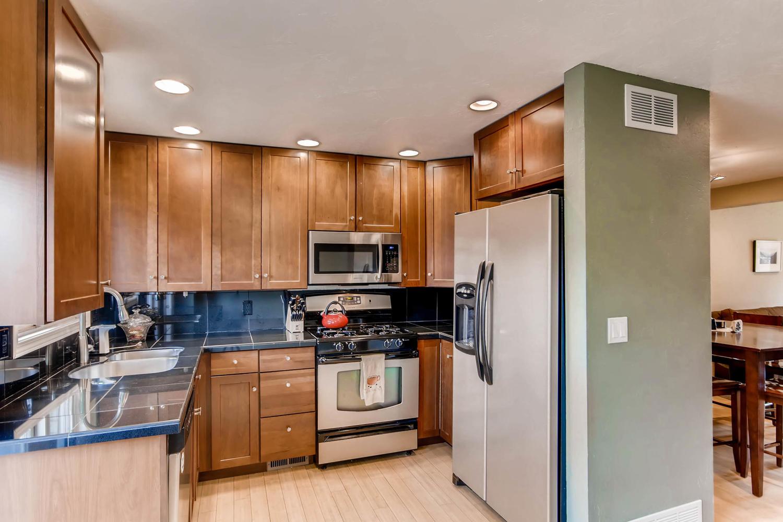 12979 W 20th Ave Golden CO-large-010-24-Kitchen-1500x1000-72dpi.jpg
