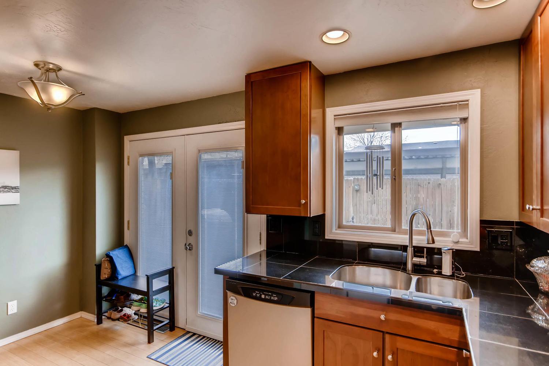 12979 W 20th Ave Golden CO-large-012-10-Kitchen-1500x1000-72dpi.jpg