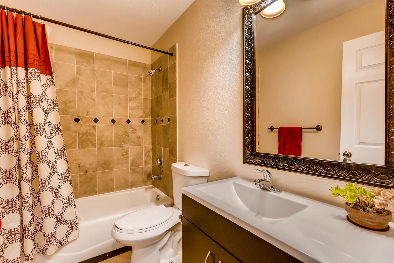 4411 Fillmore St Denver CO-large-015-23-Bathroom-1500x1000-72dpi.jpg