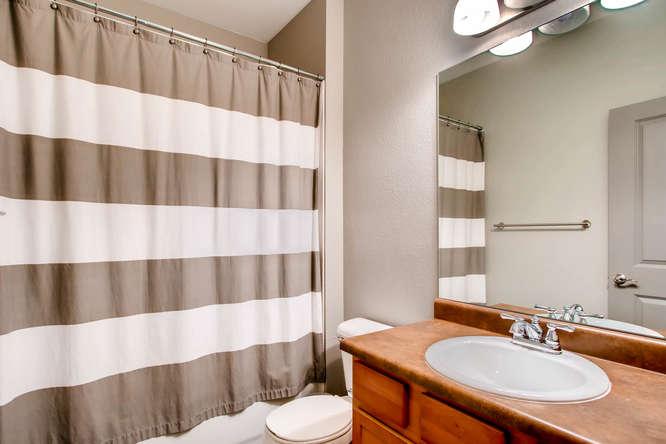 15296 W 66th Dr Unit F Arvada-small-023-19-2nd Floor Bathroom-666x444-72dpi.jpg