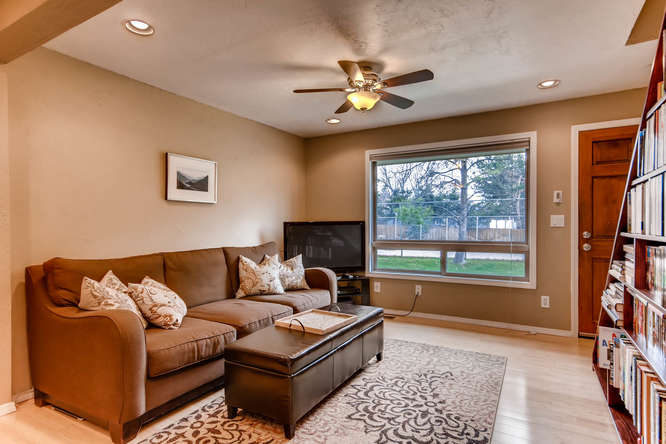 12979 W 20th Ave Golden CO-small-004-5-Living Room-666x444-72dpi.jpg