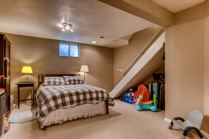 12979 W 20th Ave Golden CO-small-022-21-Lower Level Bedroom-666x444-72dpi.jpg