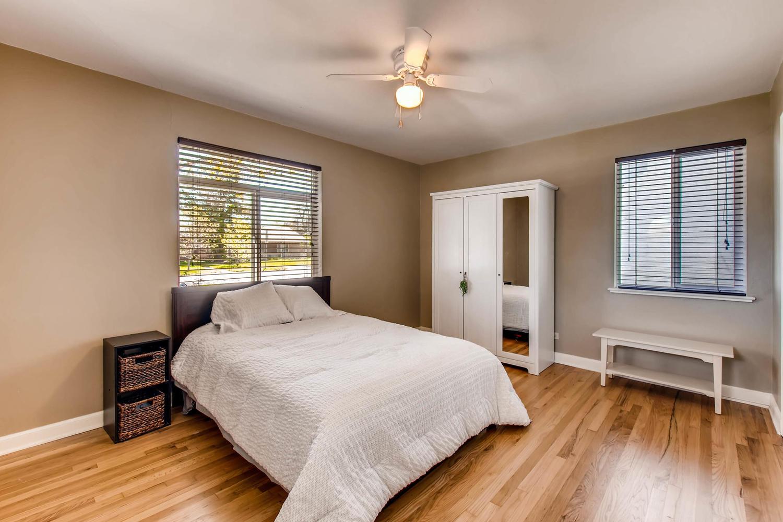 3071 Dexter St Denver CO 80207-large-019-23-Bedroom-1500x1000-72dpi.jpg
