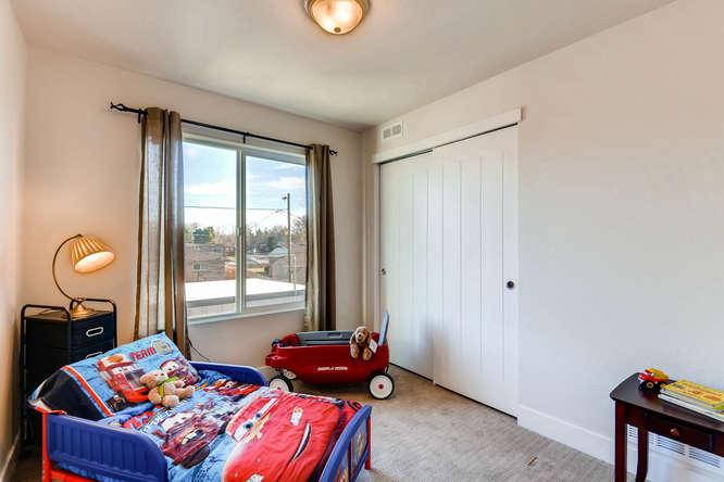 5012 E Thrill Pl Denver CO-small-019-17-2nd Floor Bedroom-666x444-72dpi.jpg