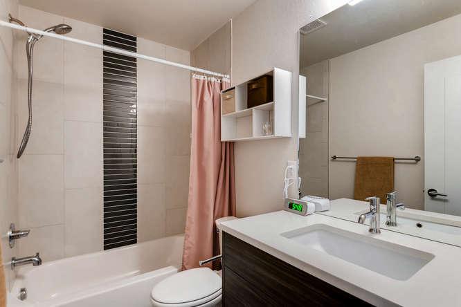 5012 E Thrill Pl Denver CO-small-020-24-2nd Floor Bathroom-666x445-72dpi.jpg