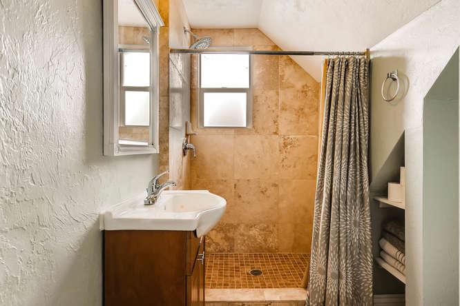 3534 E Bruce Randolph Ave-small-016-18-2nd Floor Master Bathroom-666x444-72dpi.jpg
