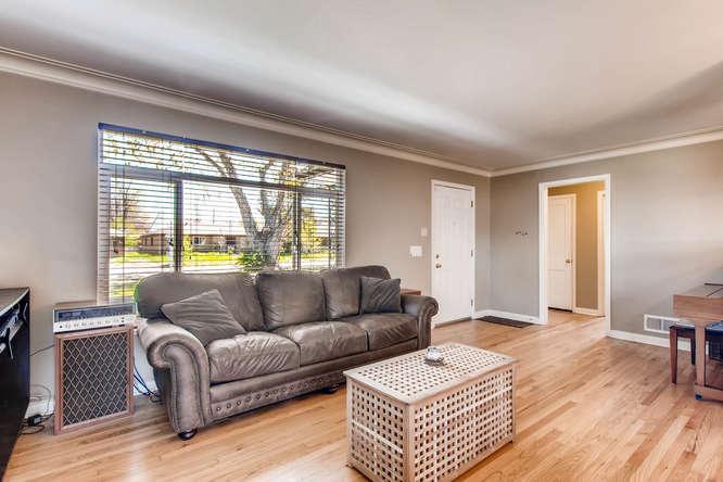 3071 Dexter St Denver CO 80207-small-005-9-Living Room-666x444-72dpi.jpg