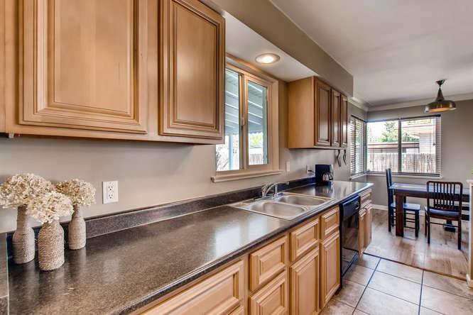 3071 Dexter St Denver CO 80207-small-013-27-Kitchen-666x444-72dpi.jpg