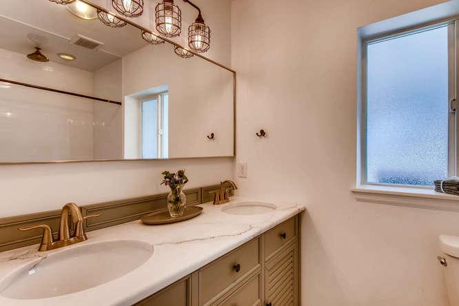 3071 Dexter St Denver CO 80207-small-017-10-Master Bathroom-666x444-72dpi.jpg