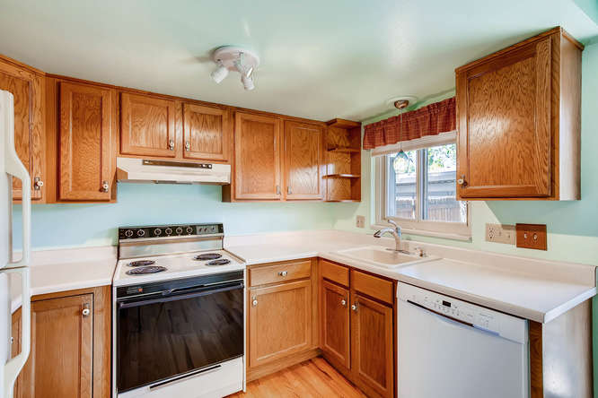 12985 W 20th Ave Golden CO-small-011-18-Kitchen-666x444-72dpi.jpg