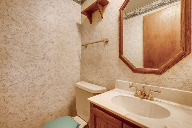 12985 W 20th Ave Golden CO-small-013-9-Powder Room-666x444-72dpi.jpg