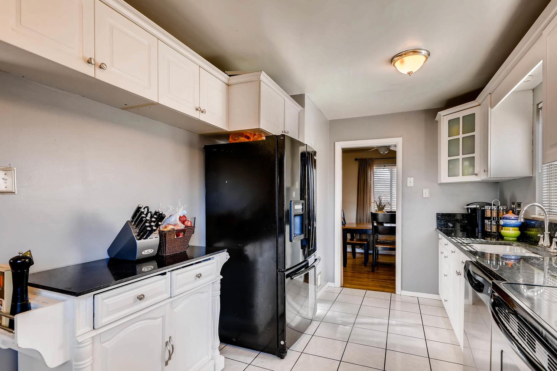 2331 Pontiac St Denver CO-large-009-1-Kitchen-1500x1000-72dpi.jpg