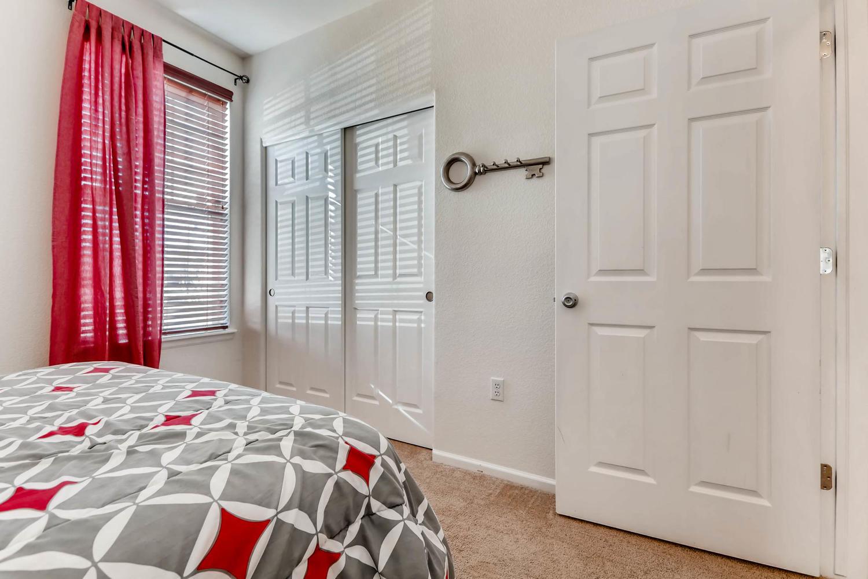 9907 MLK Jr Blvd Unit 104-large-023-26-Bedroom-1500x1000-72dpi.jpg