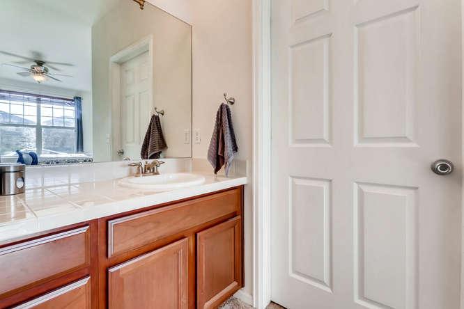 9907 MLK Jr Blvd Unit 104-small-021-33-Master Bathroom-666x444-72dpi.jpg