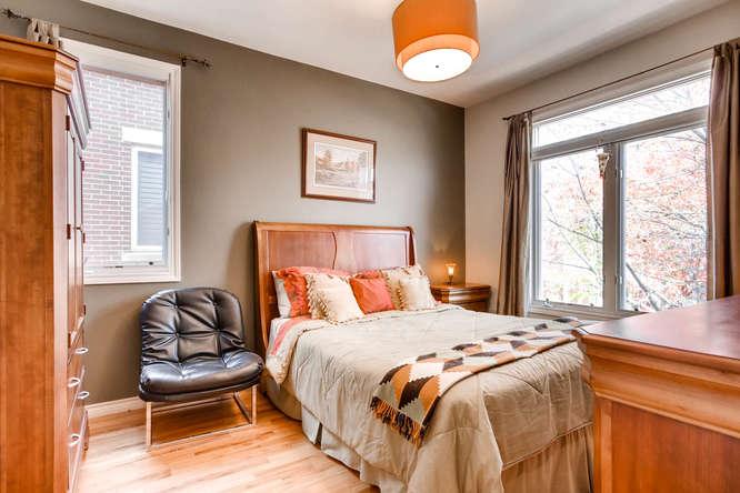 20 S Monroe St Denver CO 80209-small-029-42-2nd Floor Bedroom-666x444-72dpi.jpg