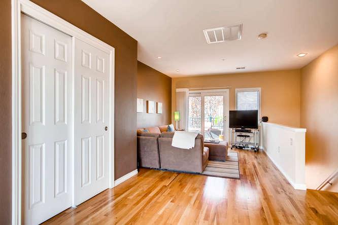 20 S Monroe St Denver CO 80209-small-036-38-3rd Floor Loft-666x444-72dpi.jpg