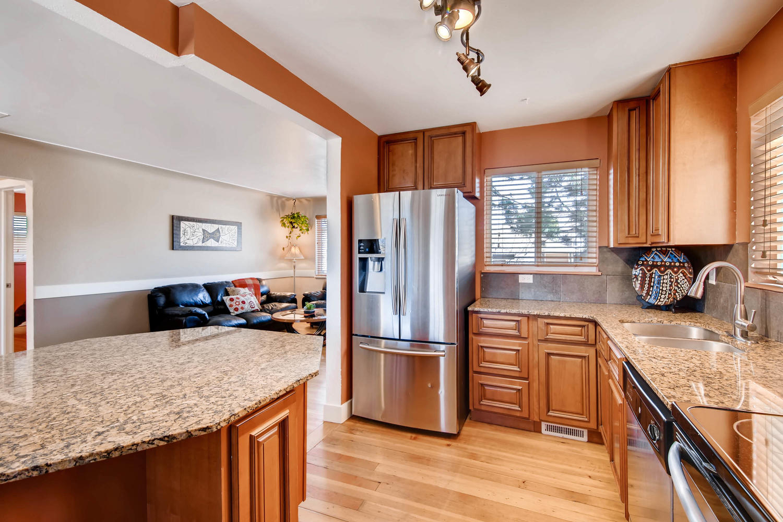 3255 N Locust St Denver CO-large-011-5-Kitchen-1500x1000-72dpi.jpg
