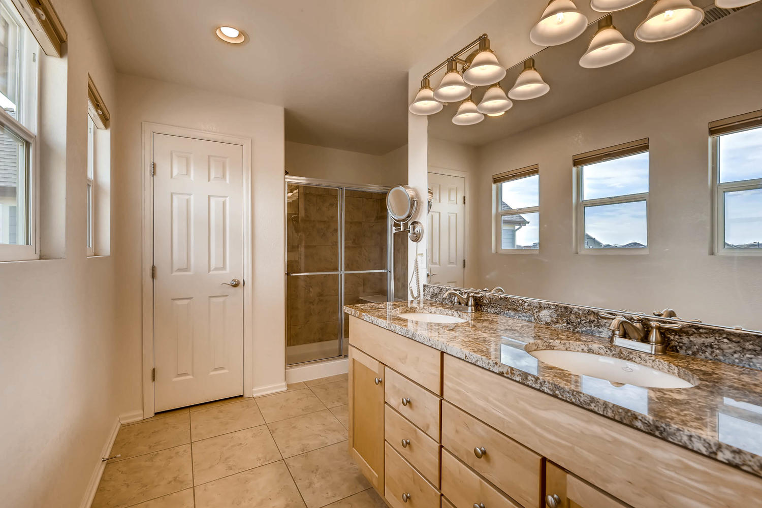 2261 Verbena St Denver CO-large-019-10-2nd Floor Master Bathroom-1500x1000-72dpi.jpg